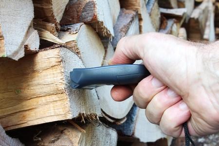 damp: Misurazione di legno umido Archivio Fotografico