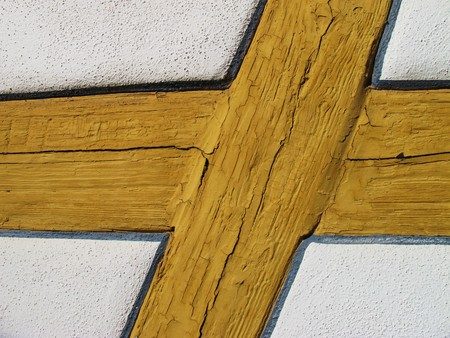 heritage protection: Truss with cracks in the paint