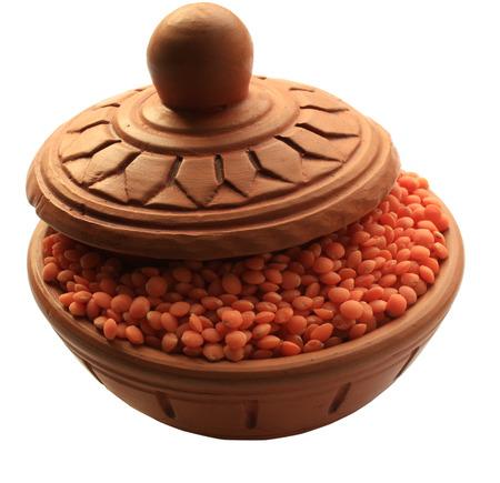 lentils in clay pot