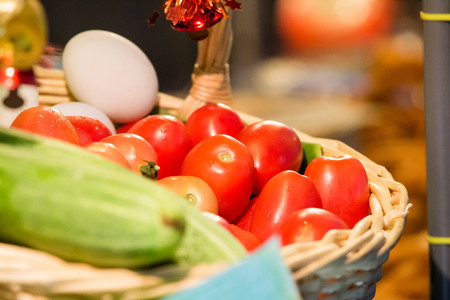 basket: Tomato Basket