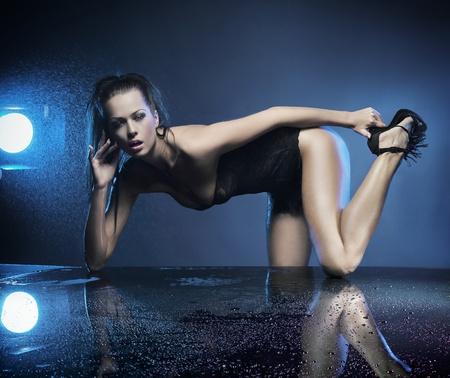 morena sexy: Sexy Morena posando