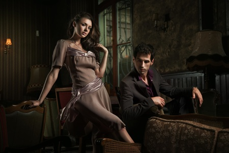страстный: Fashion style photo of an attractive pair posing