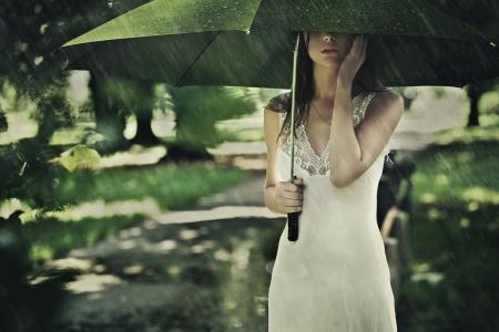 Lluvia de verano Foto de archivo - 9065549
