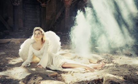 beauty angel sitting Stock Photo - 9611019
