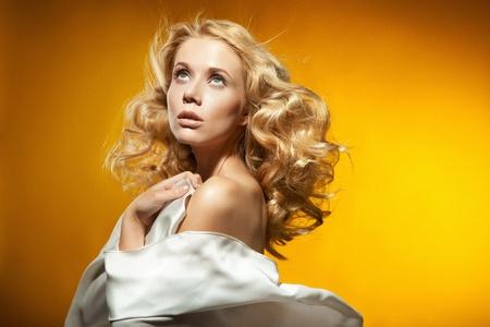 avantegarde: Portrait of beautiful blond woman