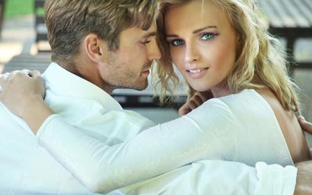 Schönes Porträt von sexy Paar Standard-Bild - 9965464
