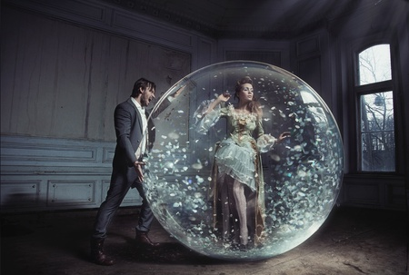 A young lady got stuck in crystal ball photo