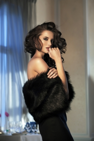 evening dress: Beauty woman wearing fur