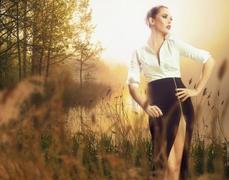 outdoor glamour: Stunning brunette beauty