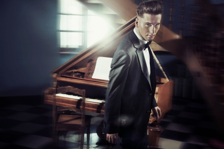 piano player: Handsome man