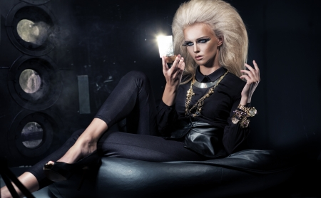 glamours: Elegance woman