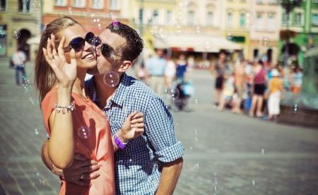 약혼: 부부는 자신의 여가 시간을 즐기고 스톡 사진