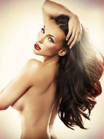 corps femme nue: Nu belle femme avec un corps sensuel