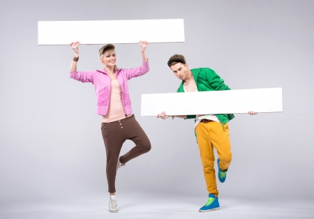 Cheerful teenagers wearing colorful loose-fitting clothes Zdjęcie Seryjne