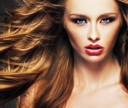 excitation: Female model with big sensual lips and brown hair