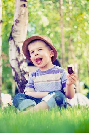 Sunny day and tasty chocolate ice cream Stock Photo - 20784282