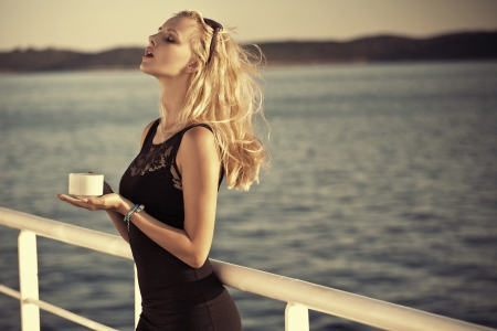Sensual blonde lady with sunglasses Stock Photo - 22306227
