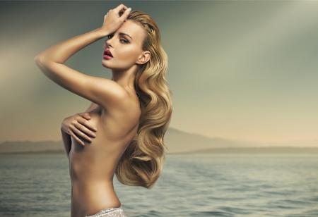 woman sensual: Great shot of sensual blonde woman