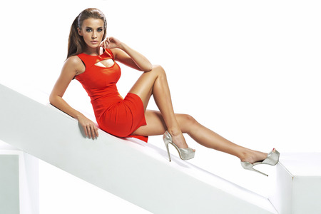 femme brune: Dame parfaite brunette robe sexy