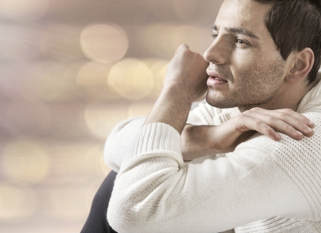 mannequins hommes: Portrait de beau mec s�rieux Banque d'images