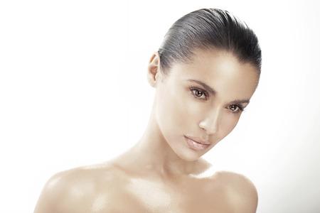 natural beauty: Portrait of delicate brunette lady