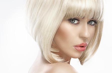 かわいい金髪の美女のクローズ アップの肖像画 写真素材