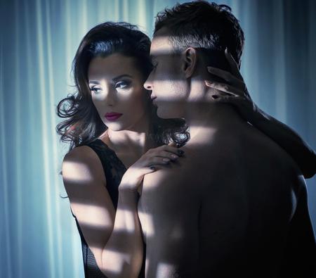 Retrato da bela arte de um recém-casados ??sensuais Imagens