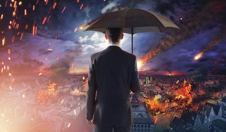 derrumbe: Concepto de un mercado o la ecología de desastres con la caída de meteoritos