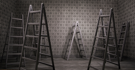 oxidado: Interior oxidado viejo con muchas escaleras en mal estado