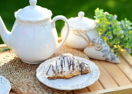 breakfast garden: Image of a sweet breakfast in the summer garden Stock Photo