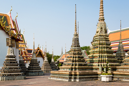 wat pho: Chedis at Wat Pho in Bangkok, Thailand. Stock Photo