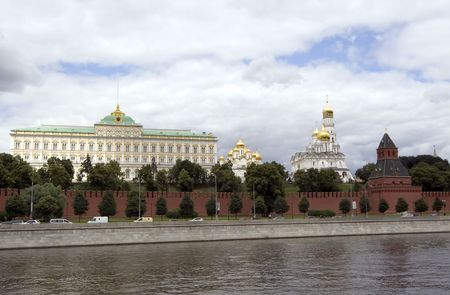 moskva river: view of moscow kremlin from bank of moskva river Stock Photo