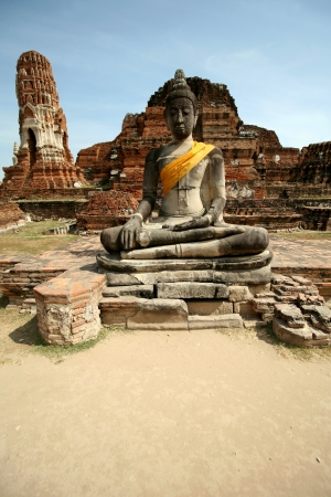 Monuments of buddah, ruins of Ayutthaya, old capital of Thailand photo