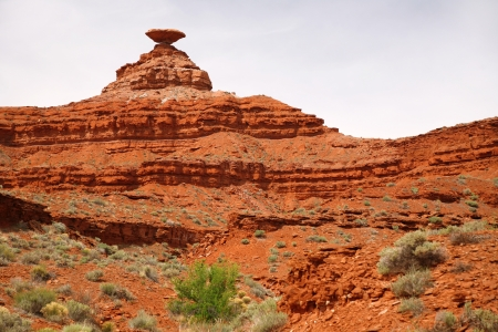 Mexican Hat mountain in Utah and the Arizona border, USA Stock Photo - 15768875