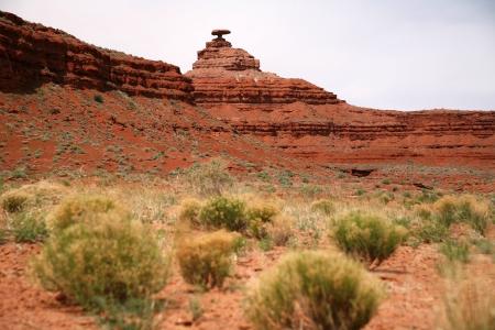 balanced rocks: Mexican Hat mountain in Utah and the Arizona border Stock Photo