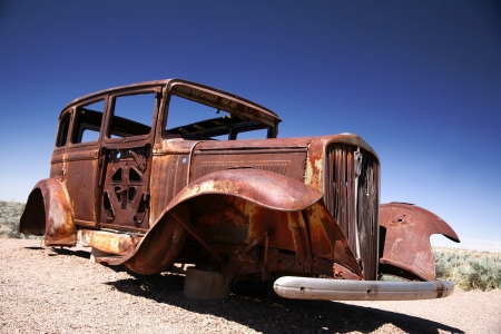 coche antiguo: Antique americano ford
