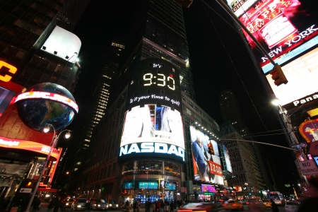populous: NEW YORK CITY - JAN 2  Times Square, New York street night life January 2, 2008, New York City  New York City, which is the largest and most populous city in the United States