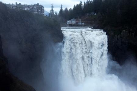 filmmaker: Snoqualmie Falls near Seattle, Washington, where filmmaker David Lynch was shooting movie Twin Peaks