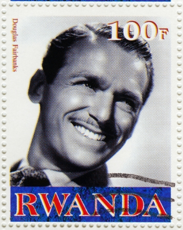 screenwriter: RWANDA - circa 2003 francobollo stampato in Rwanda mostra Douglas Fairbanks un attore, sceneggiatore, regista e produttore, circa 2003 Editoriali