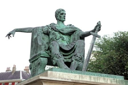 constantine: statue of Constantine I in York, England , UK
