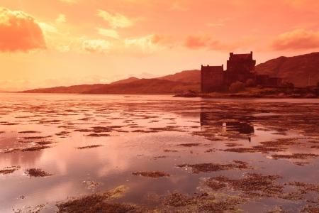 Eilean Donan Castle, Schottland, Großbritannien Standard-Bild - 15856558