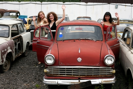girls with old car