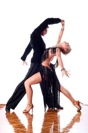 Tänzer im Ballsaal vor weißem Hintergrund Standard-Bild - 15979840