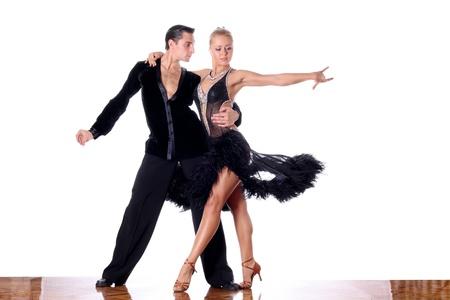 baile latino: bailarines de sal�n de baile contra el fondo blanco Foto de archivo