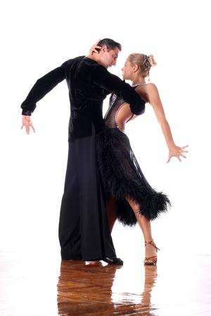 Bailarines de salón de baile contra el fondo blanco Foto de archivo - 15942440