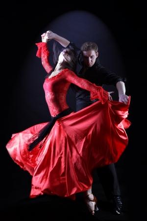 Bailarines en acción contra el fondo negro Foto de archivo - 15979708