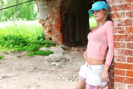 blondie: teen girl at wall