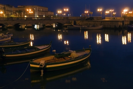 siracuse: classic Old Italy - night in Syracuse, Sicily Stock Photo