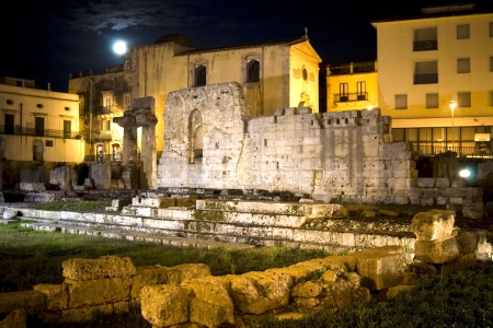 classic Italy -old greek temple, moon night in Syracuse, Sicily Stock Photo - 15981928