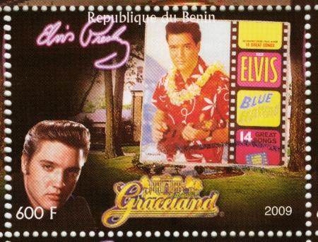 graceland: BENIN - CIRCA 2009 : stamp printed in Benin - Elvis Presley against her LP Blue Hawaii and Graceland, circa 2009